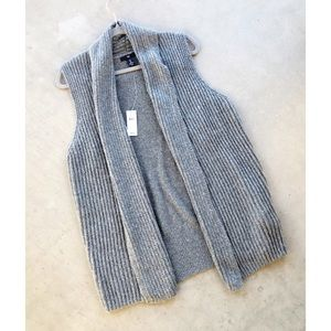 GAP ✨NWT✨ Heather Gray Wool Shawl Vest